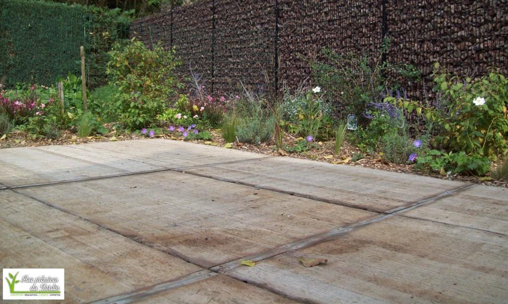 Panneaux bois l ontine aux pr mices du jardin for Panneaux de bois exterieur