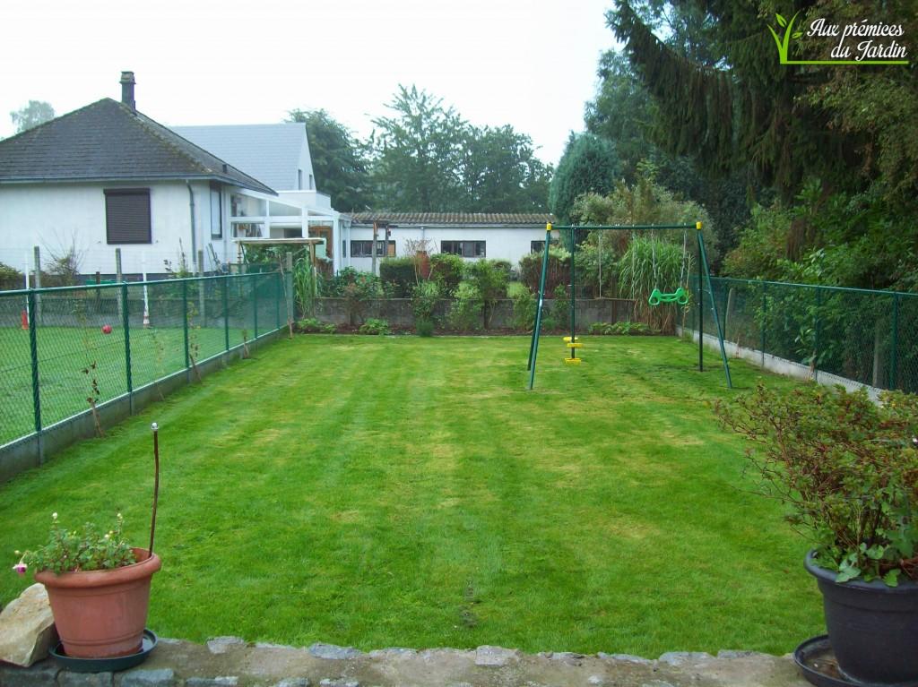 Jardin après tonte et entretien par nos soins. Septembre 2015