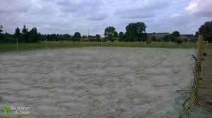 Piste en sable vert 18x30 posé directement sur fond de coffre en terre